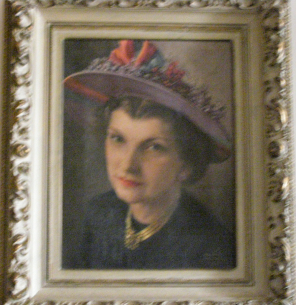 <center>Lillian in Hat</center>